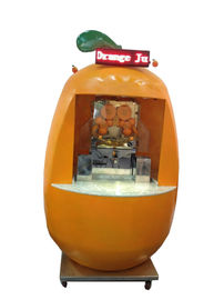 China 4 Wheel Fiberglass Commercial Cold Pressed Juicer Machine For Zummo Mobile Juice Bar supplier